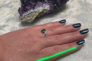 "Green Laser (""Cold Laser"" - non-invasive alternative to acupuncture)"